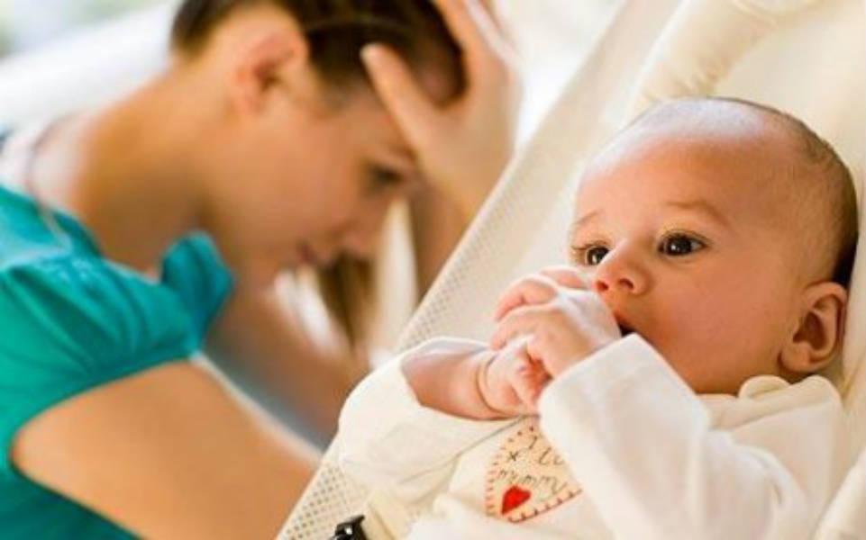 Фото - Депрессия у жены после родов. Что делать?