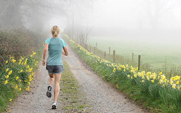 Фото утренней или вечерней пробежки для похудения
