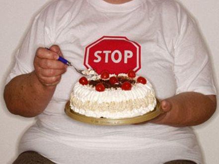 Фото - Как избавиться от переедания в праздники?