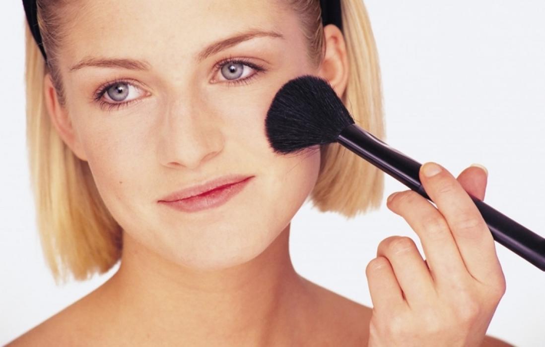 Фото как наносить макияж румяна