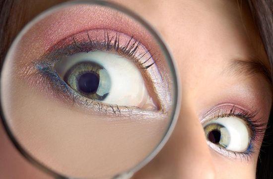 Фото - Глекомен необходим при лечении роговицы глаза