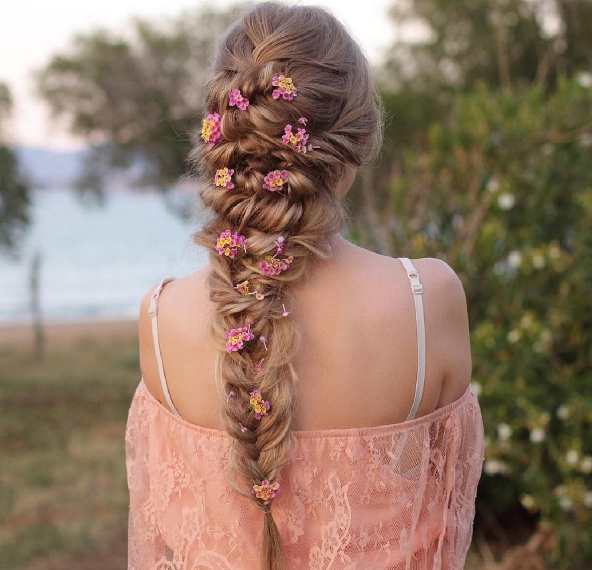 цветы в косе фото характеристики моделей