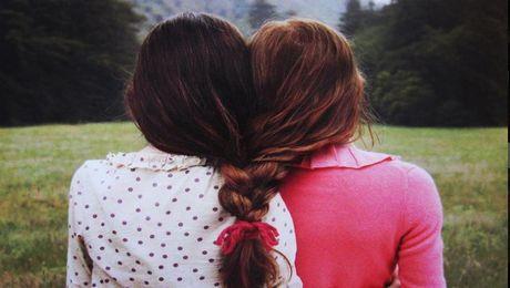 Фото - Как восстановить отношения с подругой после ссоры?