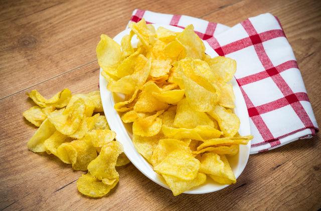 ������ �ߧ� ��֧ާ�: Полезные чипсы в домашних условиях. Поделитесь рецептом?