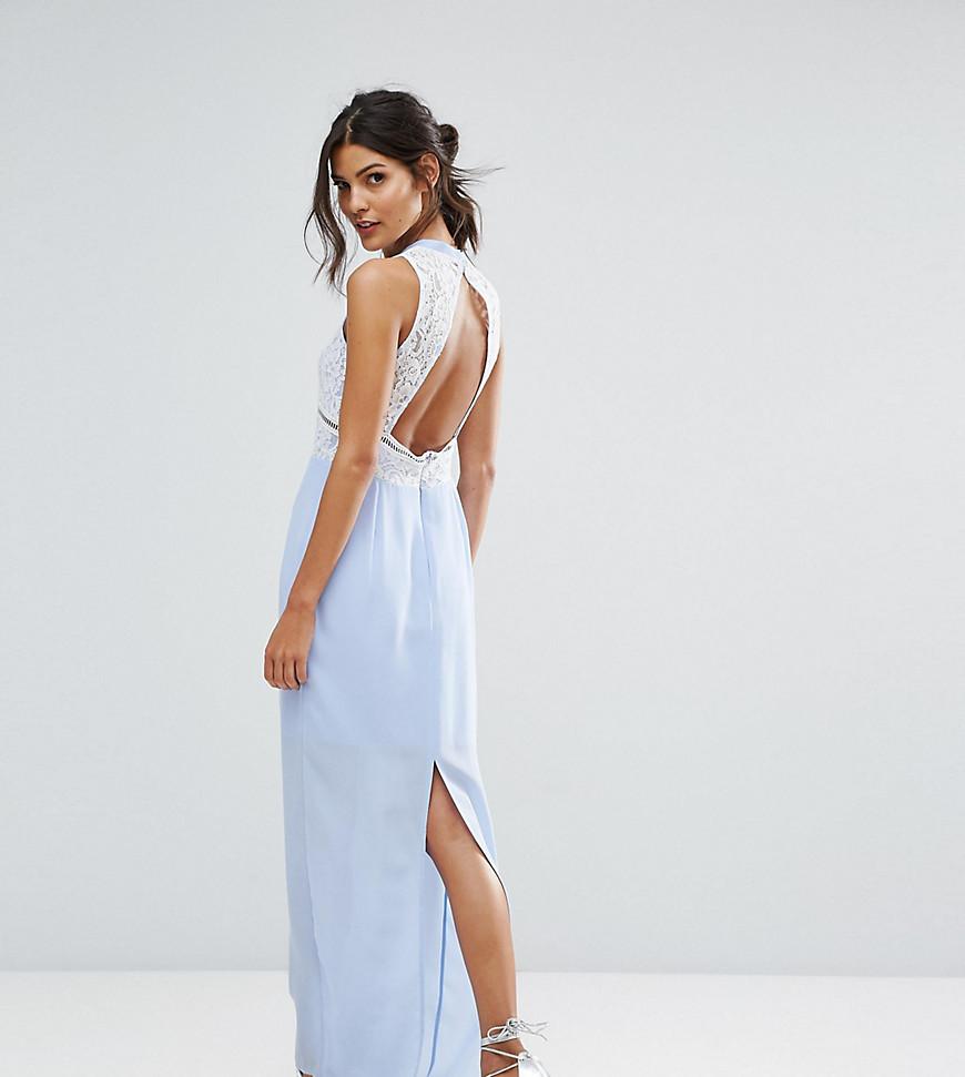 Фото на тему: Как выбрать белье под открытую спину вечернего платья?