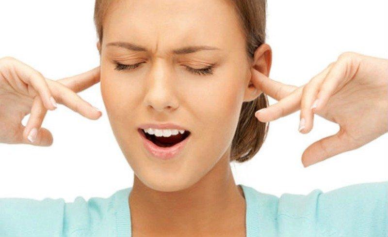 Фото на тему: При насморке заложило ухо. Что делать в домашних условиях?