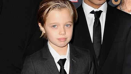 Фото - Дочь Джоли и Питта Шайло Нувель любит одежду для мальчиков