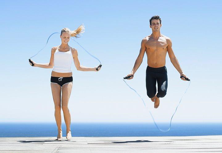 Фото как прыгать со скакалкой для быстрого похудения