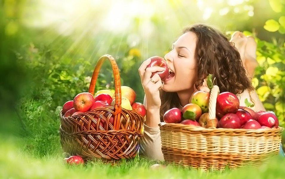 Фото пользы яблок для похудения женщины