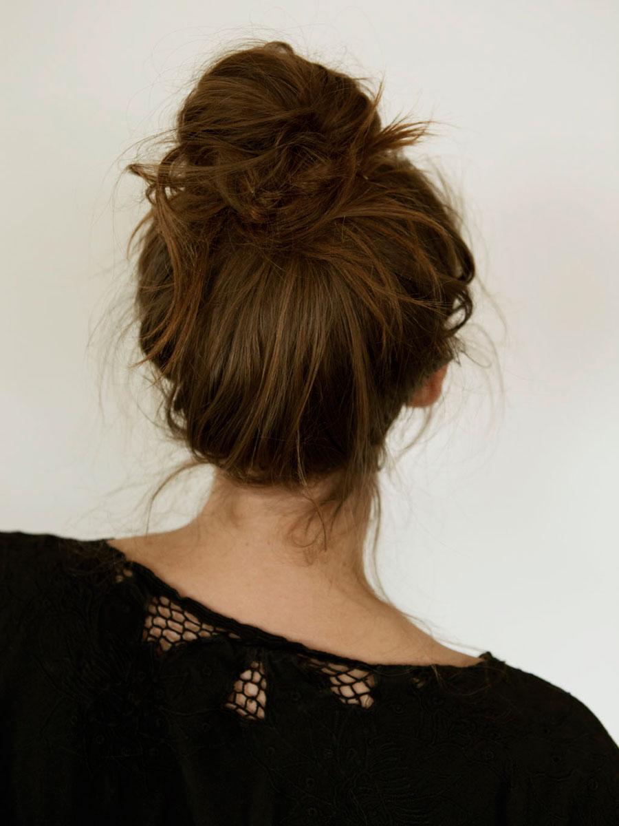 Прическа пучок на голове