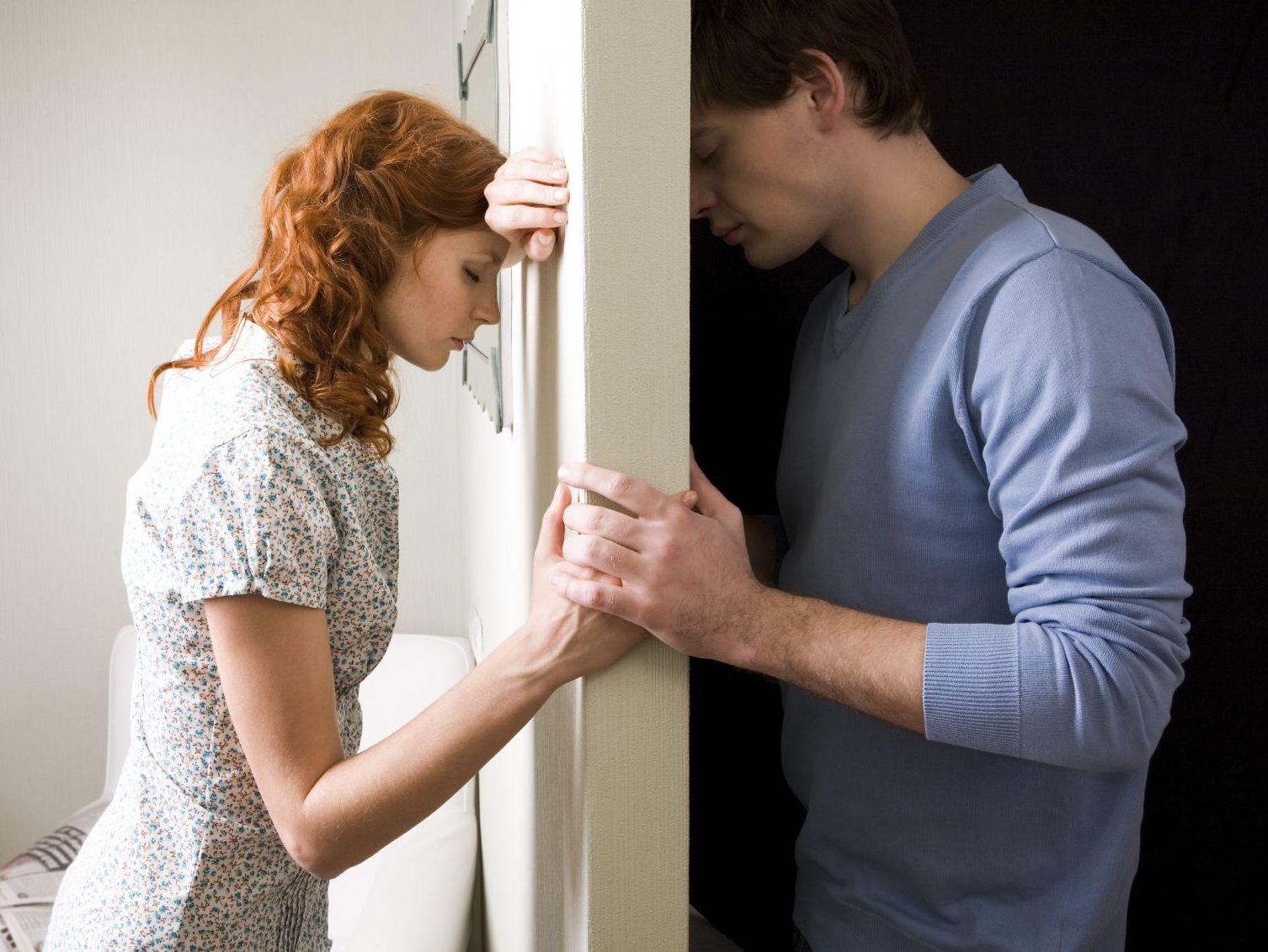Картинка по теме: Стоит ли начать жить вместе с парнем?