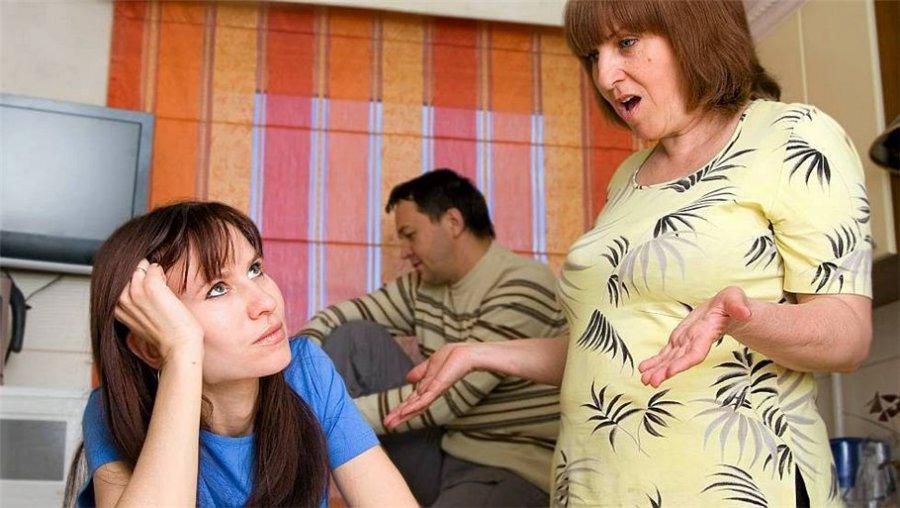 Фото - Как помирить родителей, если они поругались?