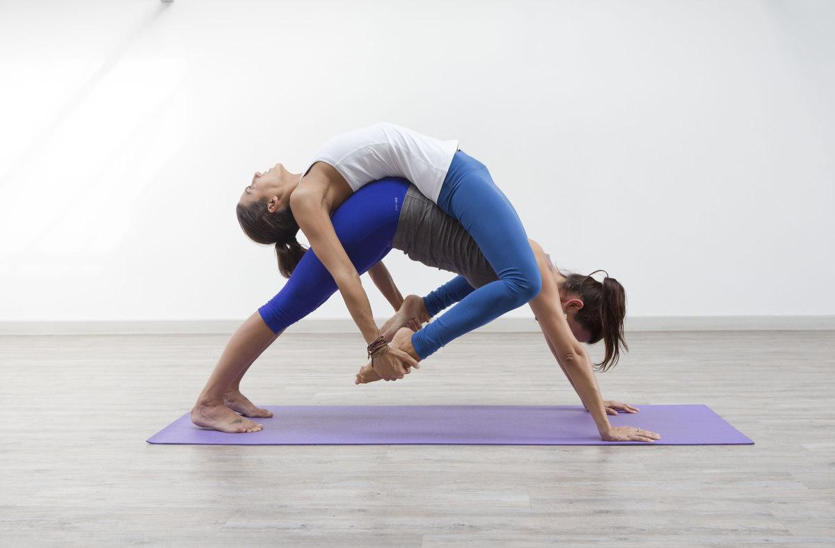 Картинка по теме: Силовая йога. Упражнения. Видео для начинающих
