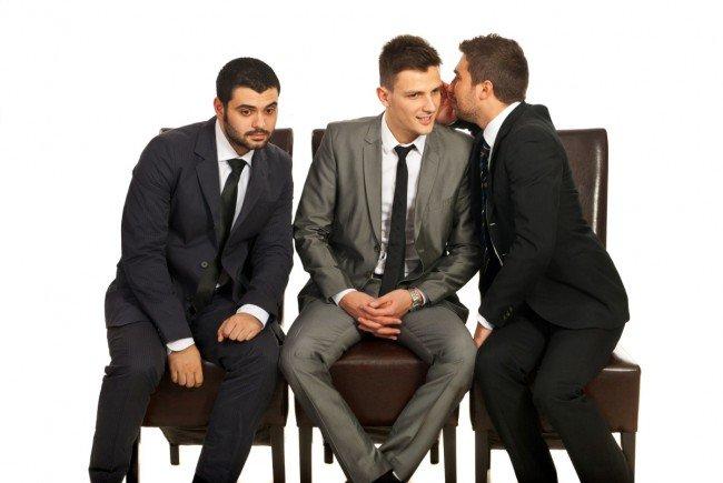 Фото - Правда, что мужчины сплетничают?