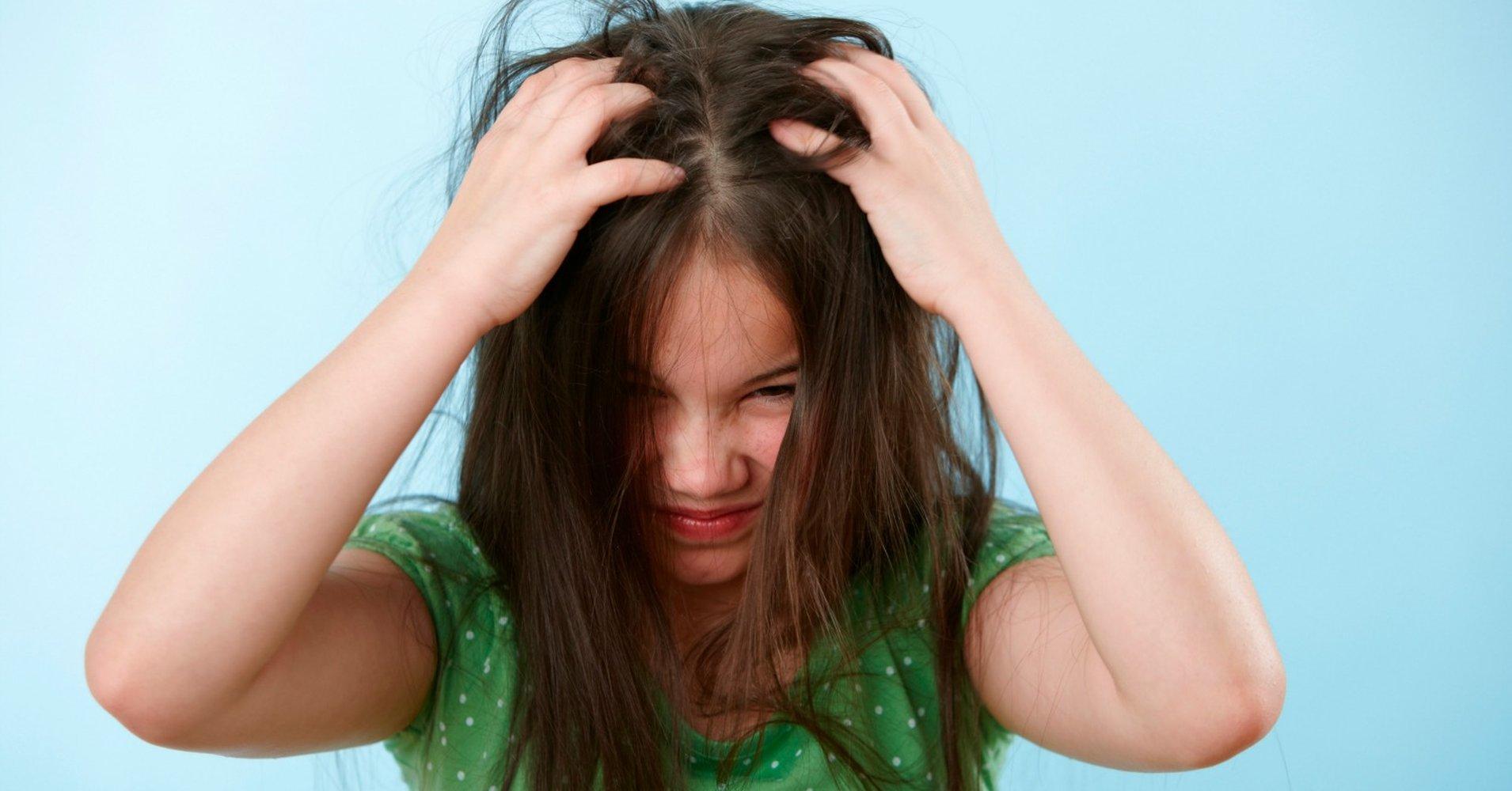 Картинка по теме: Как сохранить объем волос под шапкой?