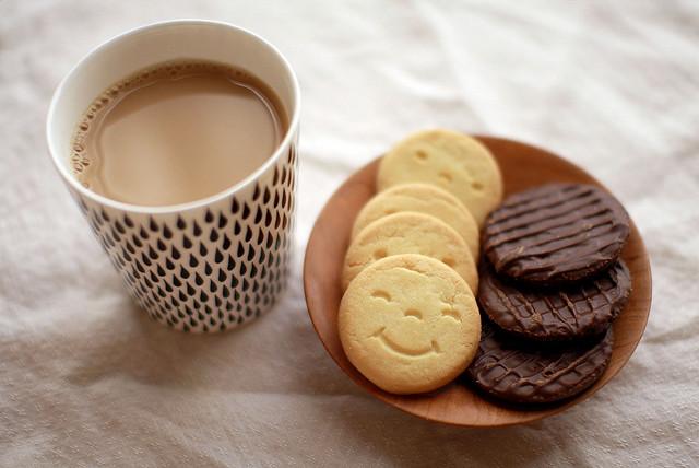 Фото на тему: Если мужчину приглашаешь на чай, что это значит?