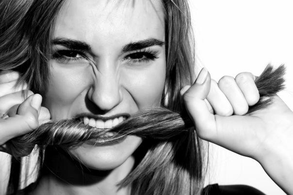как избавиться от привычки грызть волосы