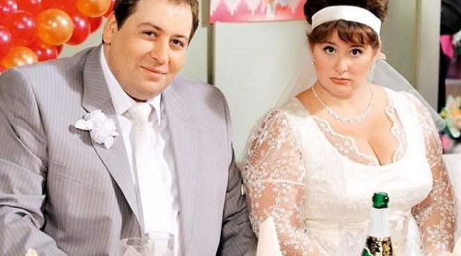 Фото на тему: Актриса Юлия Куварзина похудела из сериала Воронины.  Фото до и после