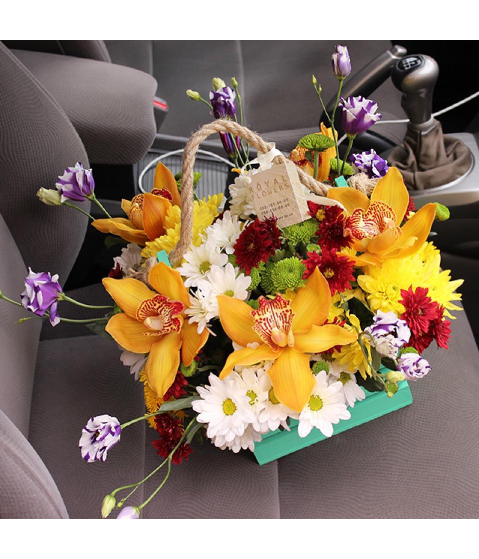 Цветы в подарок гладиолусы
